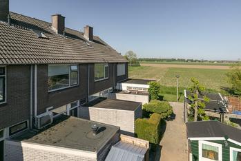 Nassaustraat 135 in Numansdorp 3281 BS