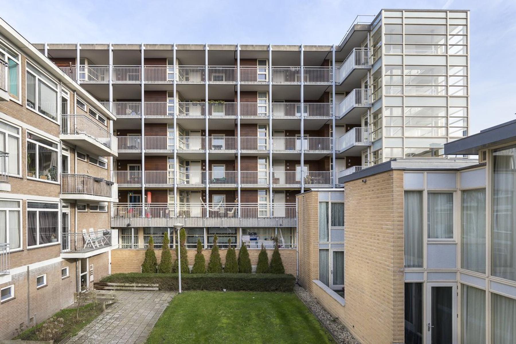 Melis Stokehof 82 in Amsterdam 1064 JE