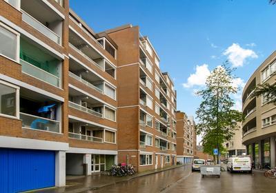 Lage Nieuwstraat 484 in 'S-Gravenhage 2512 VZ