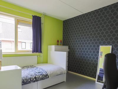 Braziliestraat 5 in Alphen Aan Den Rijn 2408 MC