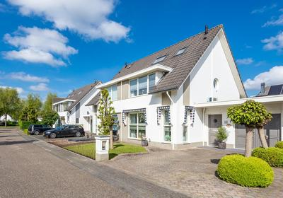 Valeriaanbeek 18 in Helmond 5709 PW