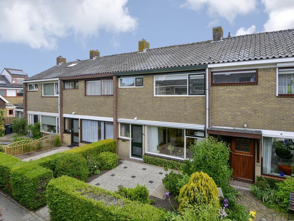 Wilhelminalaan 12 in Nieuwkoop 2421 CJ