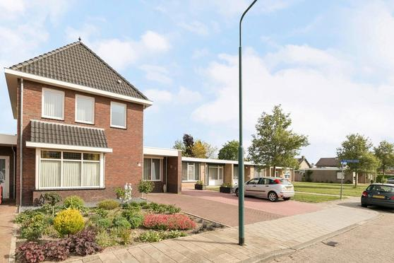 Winston Churchillstraat 2 C in Sambeek 5836 BG