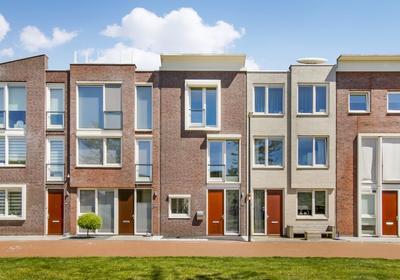 Schullenhofstraat 92 in Tiel 4005 JA