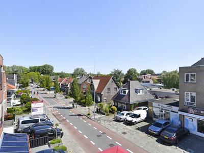 Kruisweg 977 in Hoofddorp 2132 CE