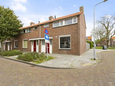 Albert Cuyplaan 18 in Vlissingen 4383 XG