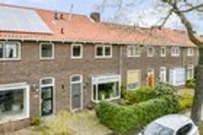 P.M.R. Versteeghstraat 3 in Bussum 1403 RS