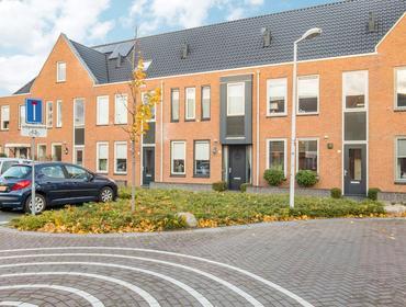 Groninger Meeuwlaan 71 in Barneveld 3772 PD