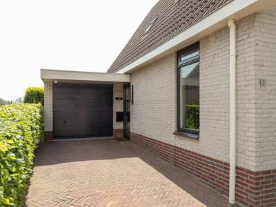 Handelstraat 18 in Hellevoetsluis 3223 TH