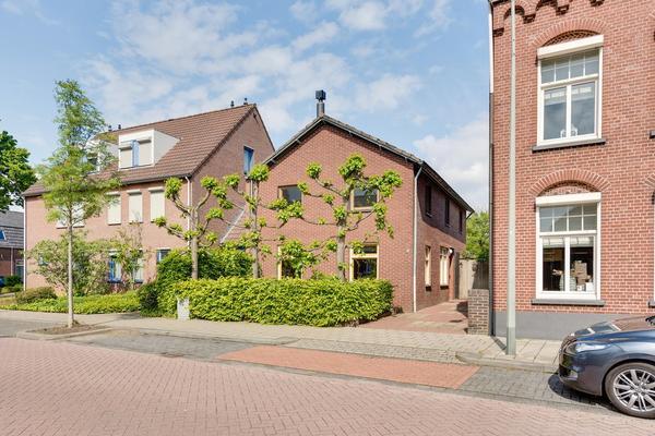 Wilhelminalaan 12 in Roermond 6042 EN