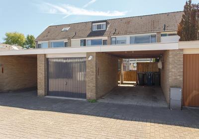 Van Miereveltstraat 10 in Apeldoorn 7312 RZ