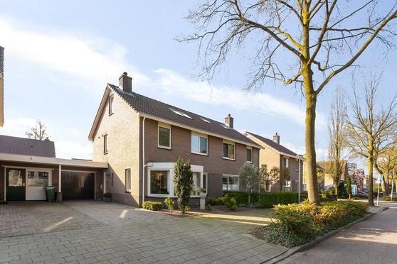 Dorpsstraat 61 in Nijmegen 6544 AB