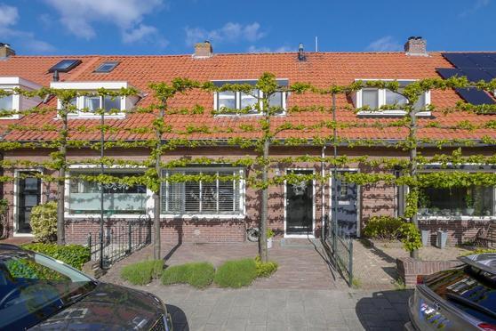 Narcisstraat 28 in Den Helder 1782 KK