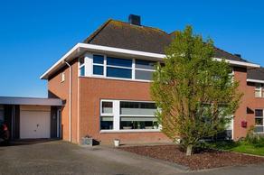 Simon Luymesstraat 17 in Nieuw-Vossemeer 4681 BE