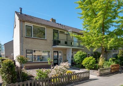 Hertog Albrechtstraat 140 in Bovenkarspel 1611 GR