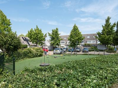 Prof.Mr. P.J. Oudstraat 8 in Gorinchem 4207 ND