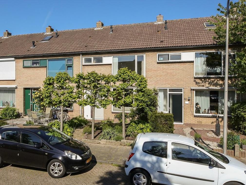 Henegouwerhof 38 in Bodegraven 2411 JZ