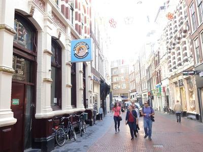 Nieuwendijk 104 Ii-Voor in Amsterdam 1012 MR