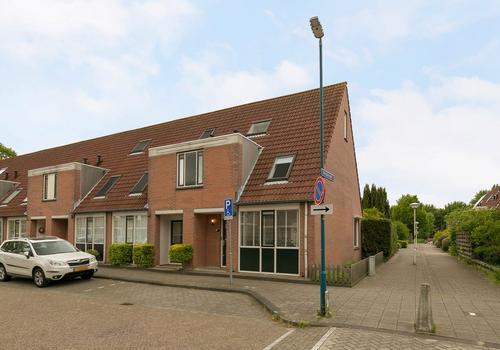 Titaanwit 43 in Zoetermeer 2718 AV