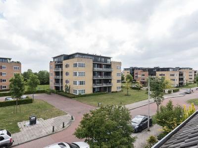 Rembrandt Van Rijnweg 6 in Ouderkerk Aan De Amstel 1191 GG