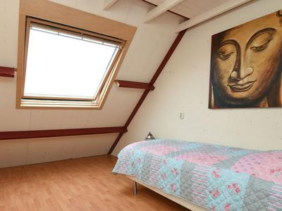 Houtrib 12 in Huizen 1274 BX