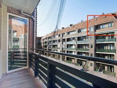Tweede Van Der Helststraat 85 in Amsterdam 1073 AM