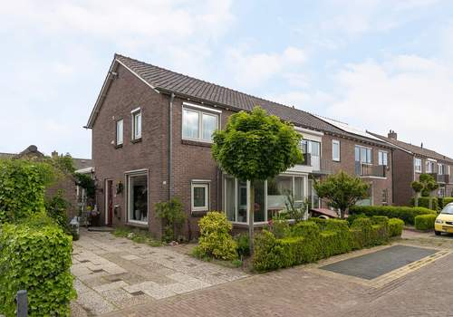Hofstraat 10 in Dalfsen 7721 DD