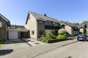 Pieter De Hooghlaan 51 in Oud-Beijerland 3262 RD
