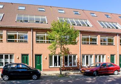 Vechtstraat 2 D in IJmuiden 1972 TG