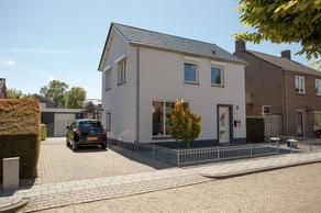 Graaf Van Gelrestraat 11 in Gendt 6691 ZE
