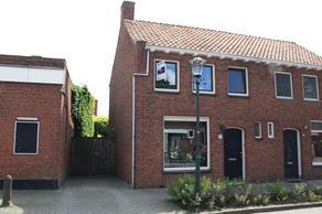 Dorpsstraat 69 in Woensdrecht 4634 TN