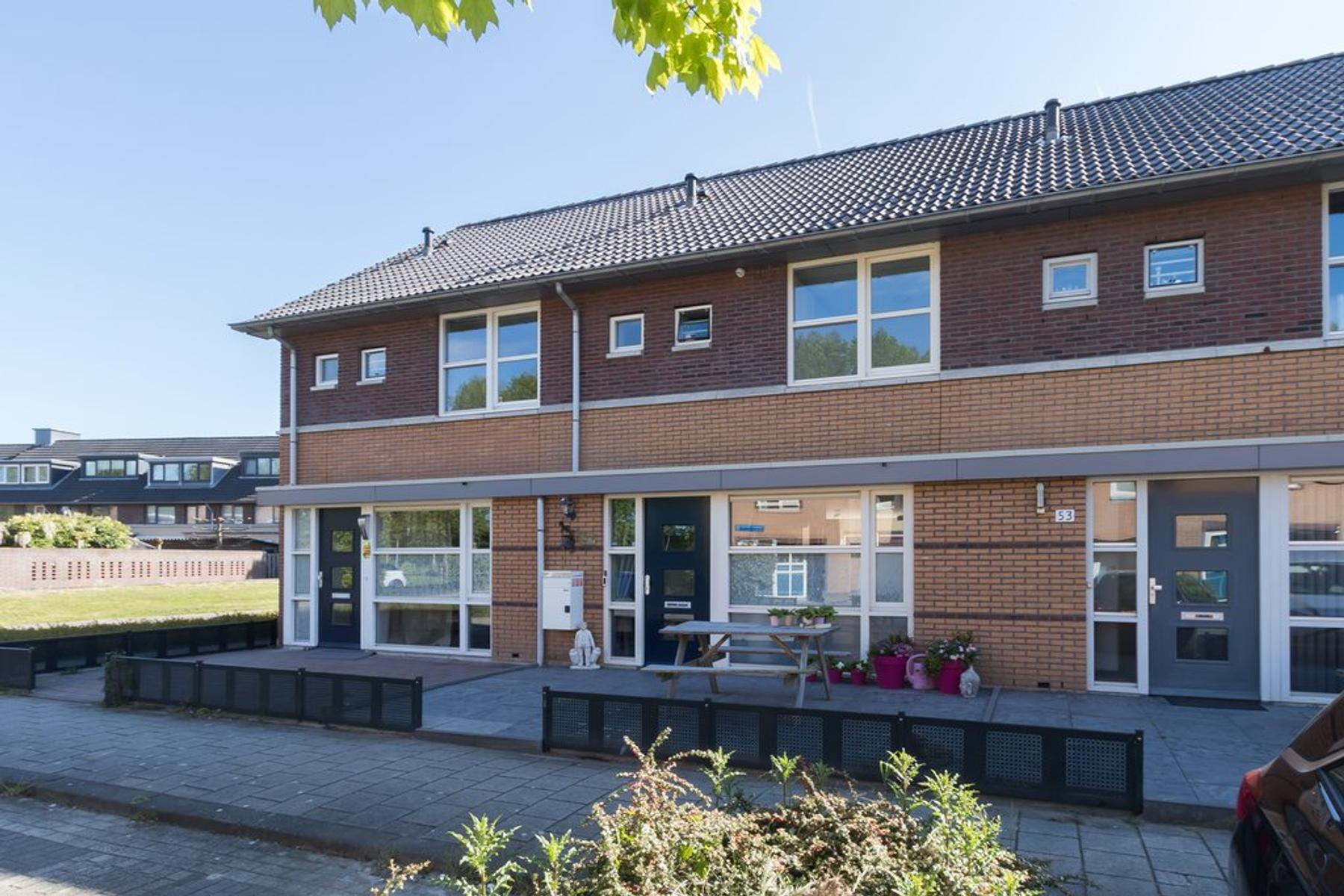 Jacques Perkstraat 51 in Almere 1321 VB