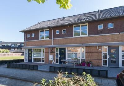 Jacques Perkstraat 51 in Almere 1321 VB