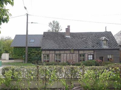 8 Rue De Plomion in Harcigny