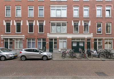 Oeverstraat 23 in Rotterdam 3071 VH