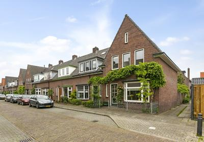Ruysdaelstraat 2 in Zutphen 7204 CD