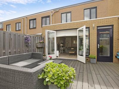 Pauwenburg 2 in Hoofddorp 2135 AN
