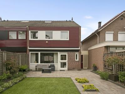 Resedastraat 8 in Enschede 7531 CL