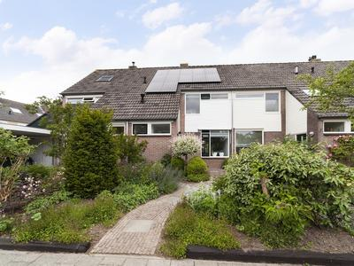 Kerkeland 13 in Hagestein 4124 BA