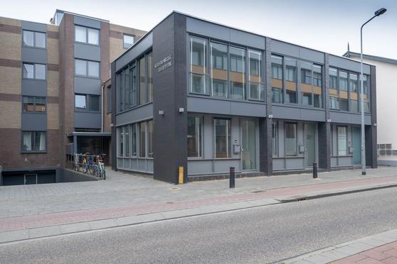 Naarderstraat 39 F in Hilversum 1211 AJ
