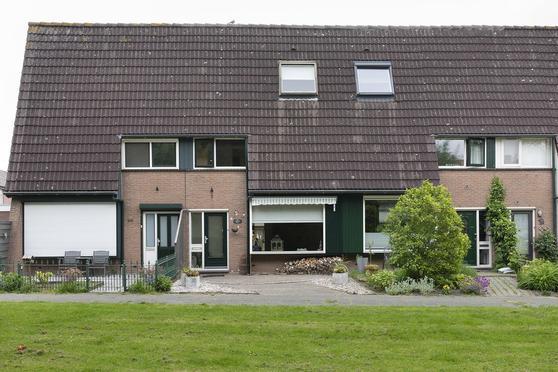 Walhoven 94 in Zevenbergen 4761 MV