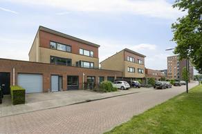 Sara Burgerhartstraat 7 in Oosterhout 4906 JH