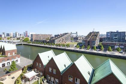 Laan Op Zuid 328 in Rotterdam 3071 AA