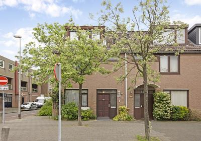Praam 335 in Amstelveen 1186 TV