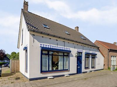 Zuidzandsestraat 97 in Oostburg 4501 AN
