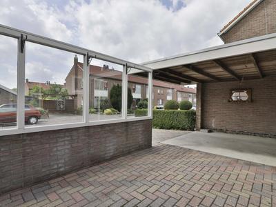 Nicolaas Beetsstraat 20 in Hoogeveen 7901 KJ