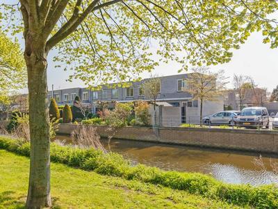 Elisabeth Vijlbriefstraat 24 in Velserbroek 1991 PD