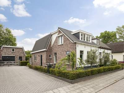 Burg.Backxlaan 56 in Nieuwleusen 7711 AH