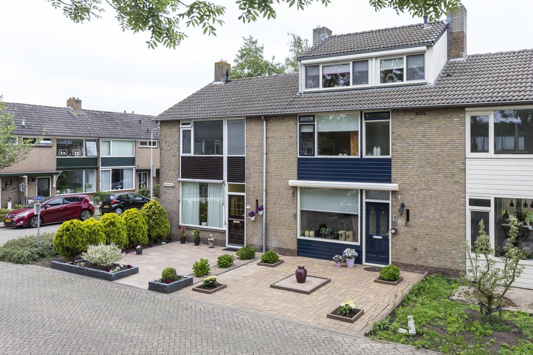 Iepenstraat 3 in Nieuwkoop 2421 VW