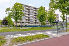 Bernard Zweersplein 57 in Schiedam 3122 TW